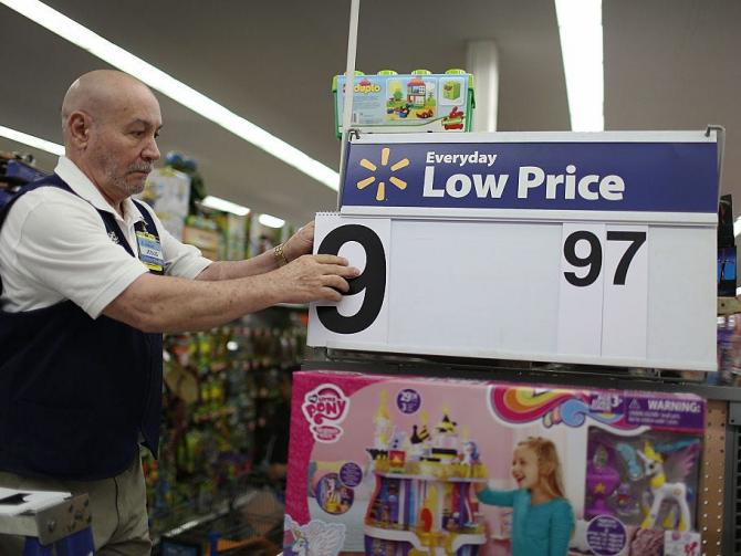 Walmart Sends Memo To Us Employees On Coronavirus Concerns