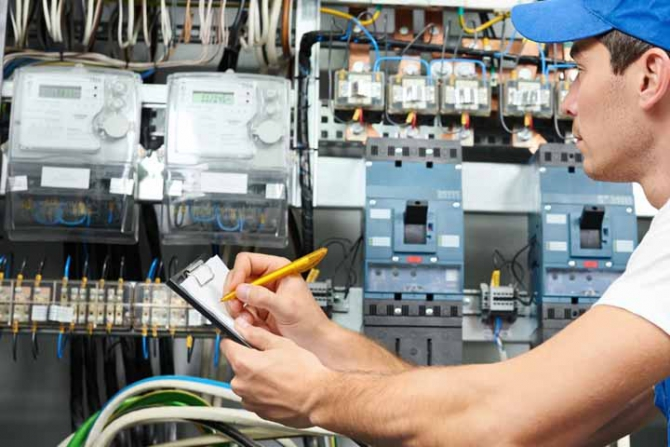 Electrician Job Description  The Path To Becoming An Electrician